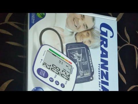 جهاز قياس ضغط الدم الإلكتروني