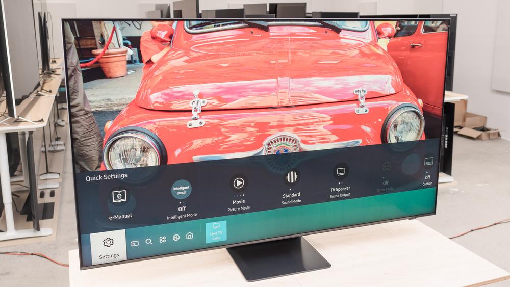 شاشة SAMSUNG Q800T